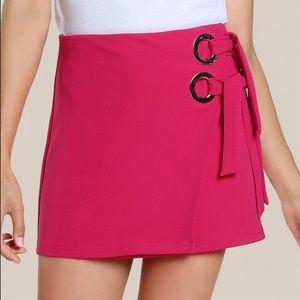 Dresses & Skirts - 🆕Hot pink grommet tie side detail skirt